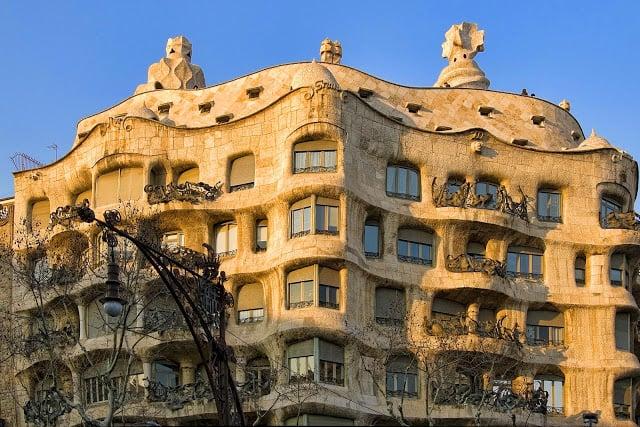 casa milà la pedrera barcelona