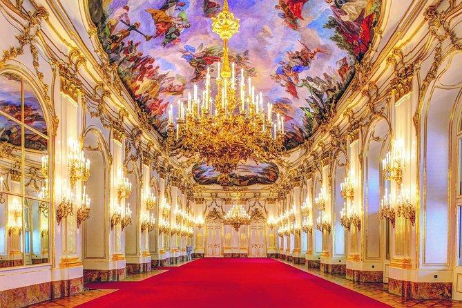 Tour the Palace